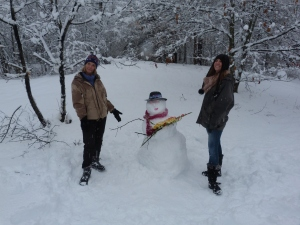 Amanda, Maddy & the Snow Lady