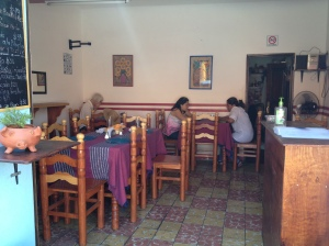 Our simple Comeda restaurant
