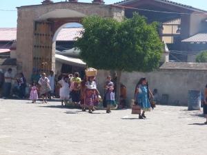 People leaving the market in Tlacochahuaya